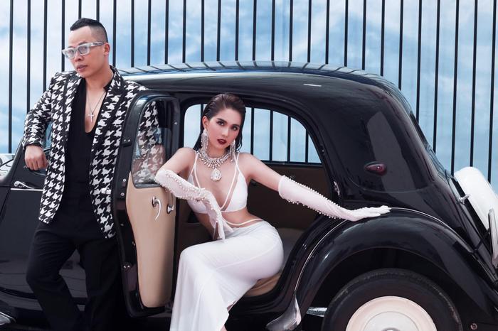 Ngọc Trinh 'đốt mắt thiên hạ' với loạt váy o ép vòng 1 bốc lửa trong bộ ảnh thời trang Ảnh 9