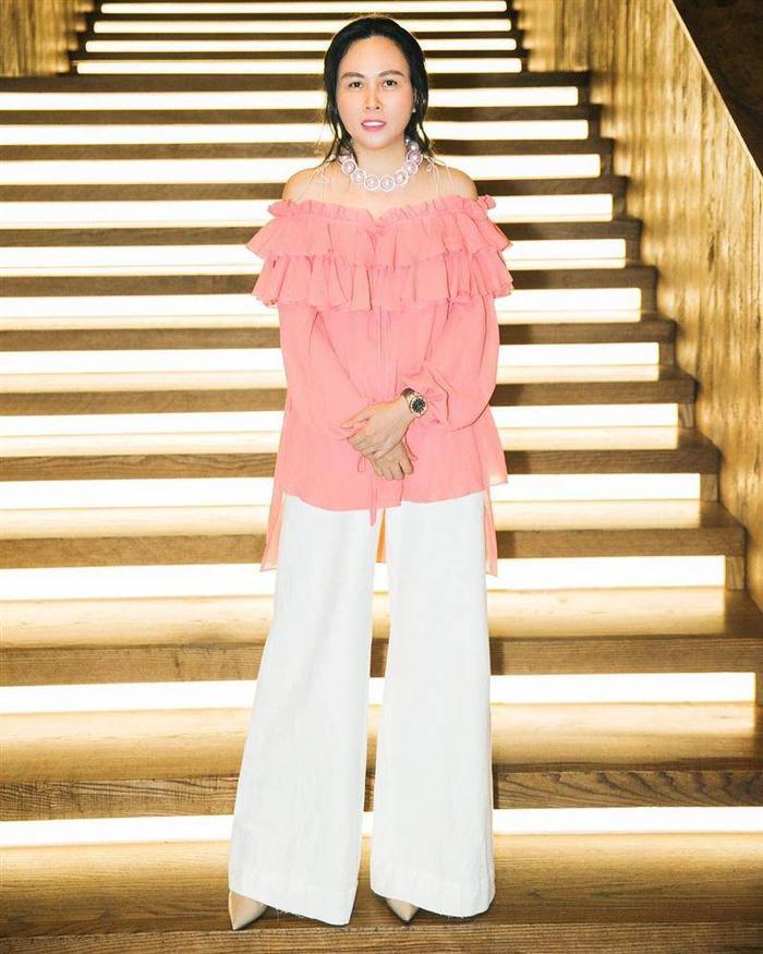 Phượng Chanel được khen khi mặc lại áo từ 3 năm trước, mix cao tay hơn một bậc Ảnh 3