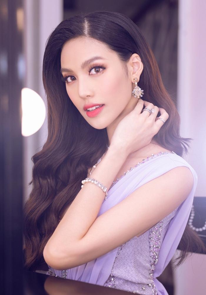 Khánh Vân lọt Top 21 Miss Universe - Lan Khuê Top 11 Miss World: Fan đừng quá khắt khe về giải VOTE? Ảnh 7