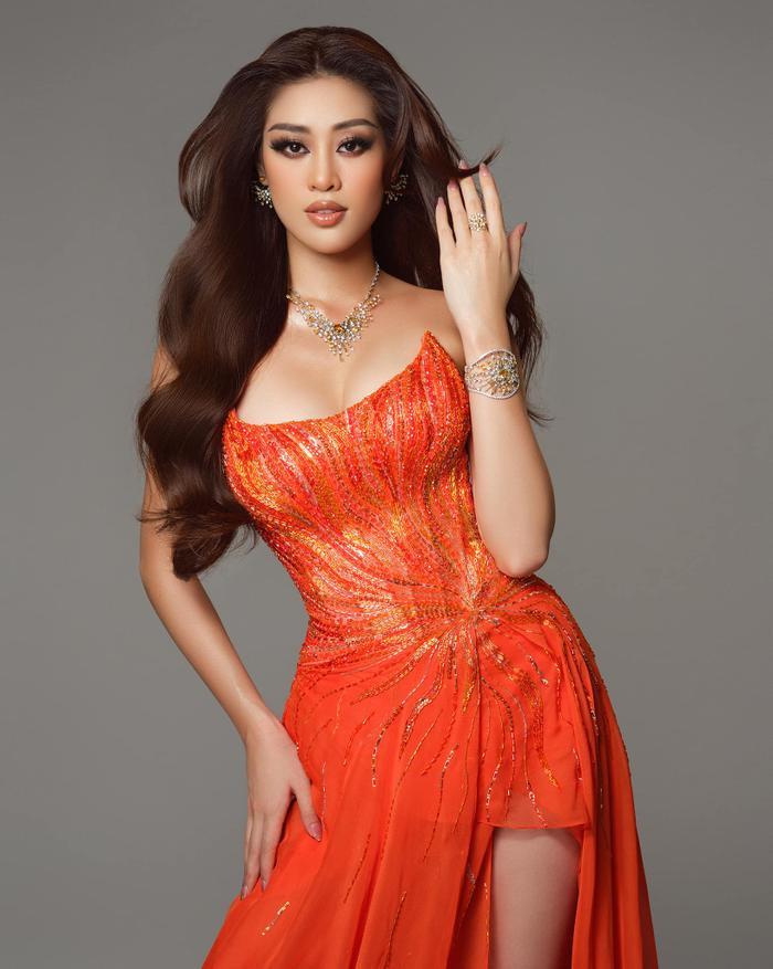 Khánh Vân lọt Top 21 Miss Universe - Lan Khuê Top 11 Miss World: Fan đừng quá khắt khe về giải VOTE? Ảnh 5