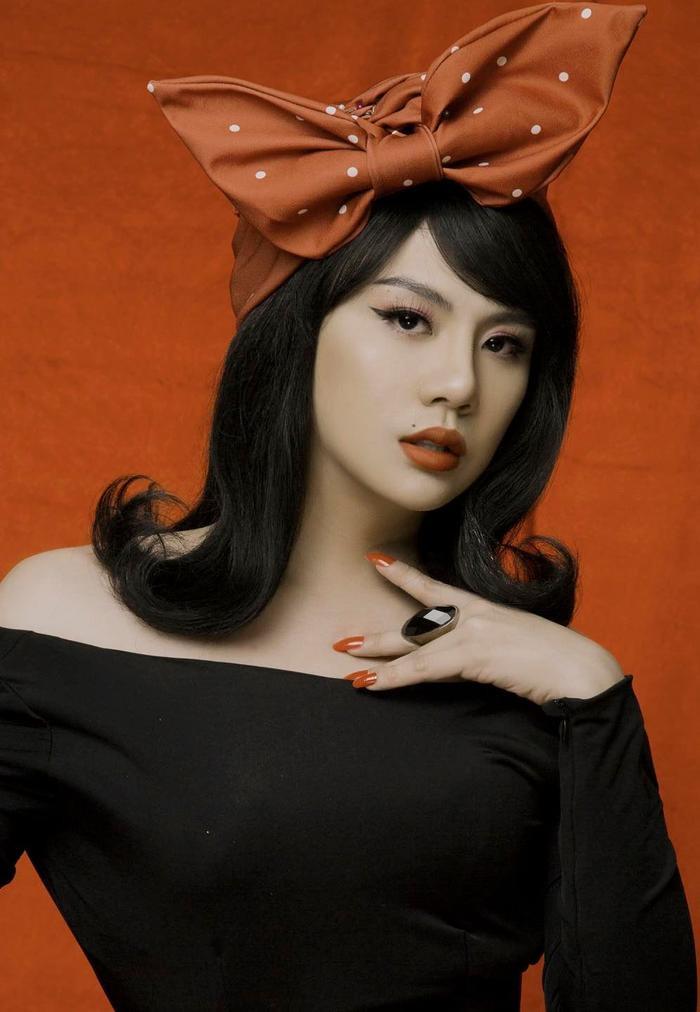 Duy Khánh tung clip hậu trường đáp trả khi bị tố photoshop vòng eo quá đà trong bộ ảnh giả gái Ảnh 2