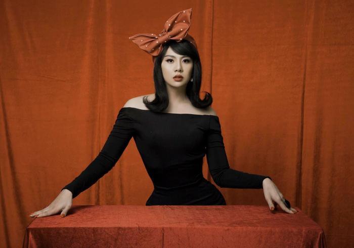 Duy Khánh tung clip hậu trường đáp trả khi bị tố photoshop vòng eo quá đà trong bộ ảnh giả gái Ảnh 3