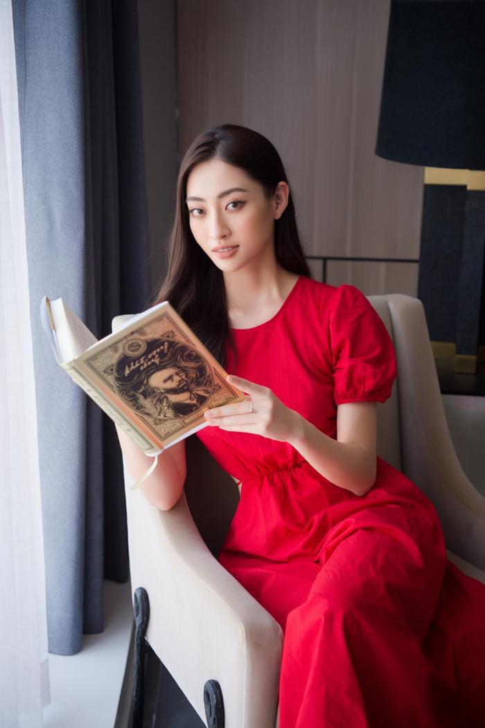 Sau gần 2 năm đương nhiệm, Hoa hậu Lương Thuỳ Linh tậu penthouse giữa lòng Hà Nội khiến ai cũng trầm trồ Ảnh 1