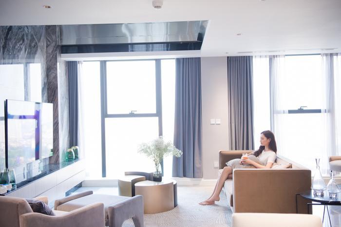 Sau gần 2 năm đương nhiệm, Hoa hậu Lương Thuỳ Linh tậu penthouse giữa lòng Hà Nội khiến ai cũng trầm trồ Ảnh 7