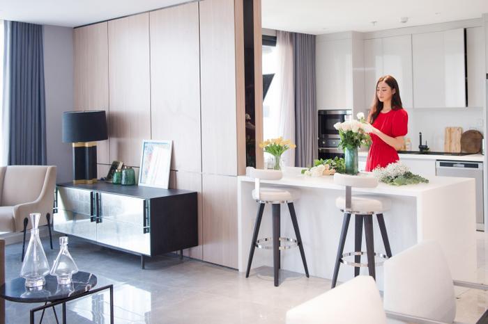 Sau gần 2 năm đương nhiệm, Hoa hậu Lương Thuỳ Linh tậu penthouse giữa lòng Hà Nội khiến ai cũng trầm trồ Ảnh 5