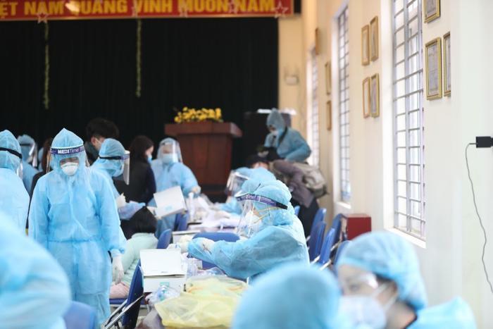 Hà Nội: Thêm 10 ca dương tính SARS-CoV-2, trong đó 8 bệnh nhân thuộc chùm ca bệnh Times City và T&T Ảnh 1