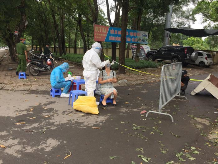 Hà Nội: Phong toả chung cư CT3B Khu đô thị Văn Quán sau khi phát hiện ca dương tính SARS-Cov-2 Ảnh 3