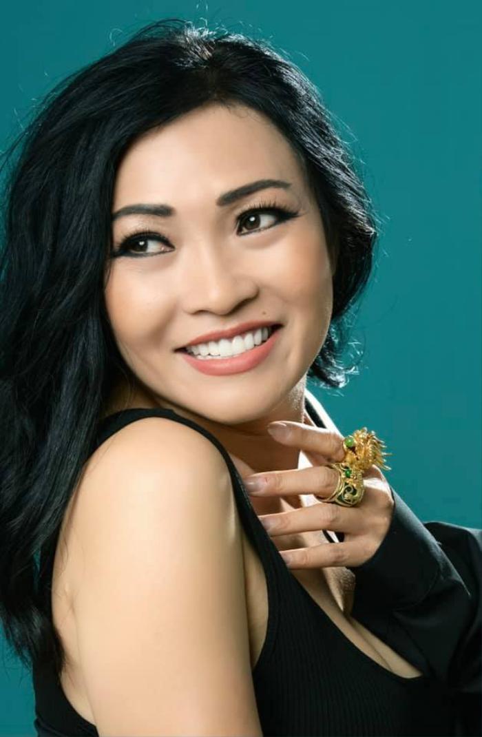 Giữa tuyên bố 'thanh trừng' từ bà Phương Hằng, Phương Thanh có chia sẻ gây chú ý liên quan giới showbiz Ảnh 3