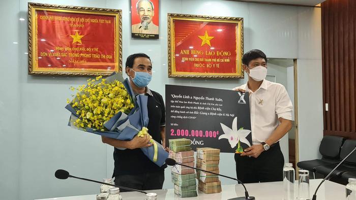 Quyền Linh trao tặng 2 tỷ làm từ thiện, khéo léo đáp trả chuyện cũ khi bị nhắc lại Ảnh 4
