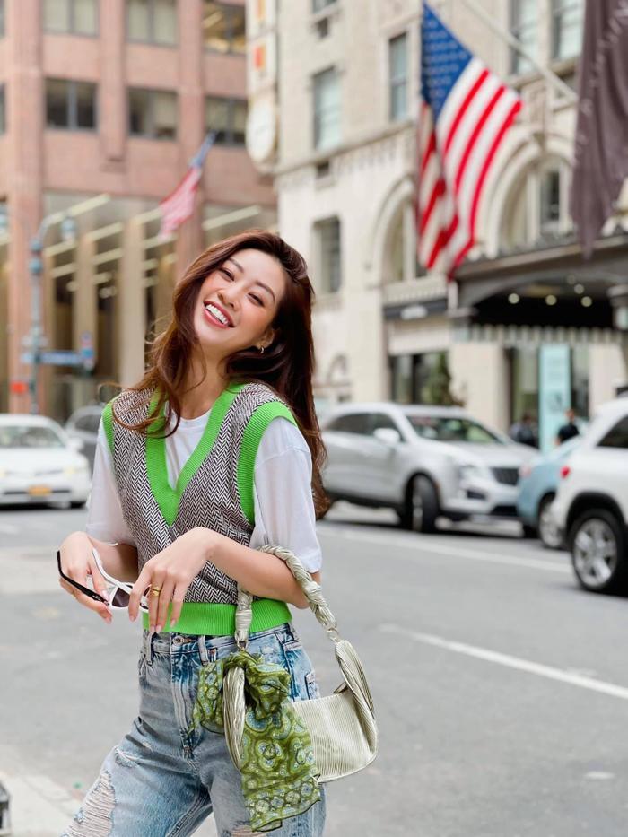 Hoa hậu Khánh Vân với streetstyle giản dị nhưng vẫn sáng bừng đường phố New York Ảnh 9