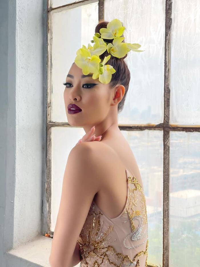 Khánh Vân đọ sắc với Miss Malaysia trong bộ ảnh mới, khoe trọn vẻ đẹp Á châu cực cuốn hút Ảnh 3