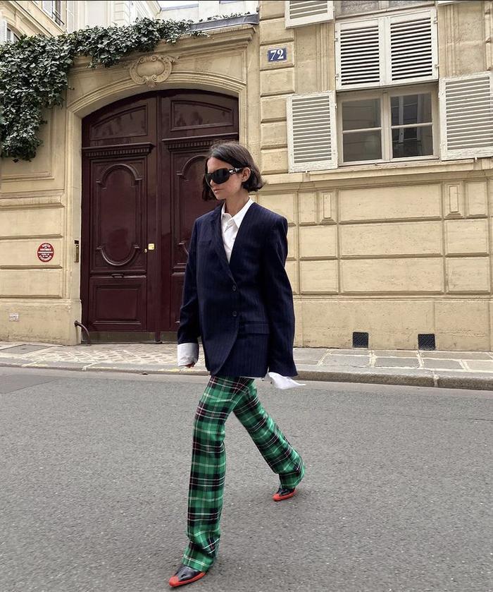 Mách nàng bí quyết phối đồ với màu xanh lá chuẩn như fashionista Ảnh 17