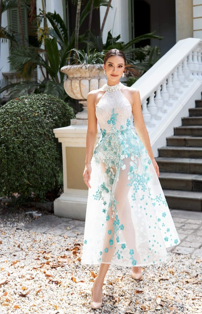 Kim Duyên úp mở đầm dạ hội tại Miss Universe 2021, fan thốt lên sao chơi khó vậy? Ảnh 9