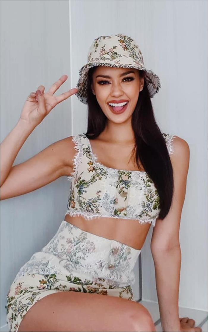 Đối thủ của Hoa hậu Khánh Vân dù đang cách ly nhưng lên đồ cứ như đi tiệc thời trang Ảnh 10