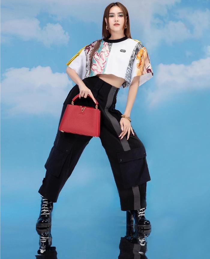Ninh Dương Lan Ngọc ăn diện sang chảnh chả kém cạnh fashionista thế giới nào Ảnh 5