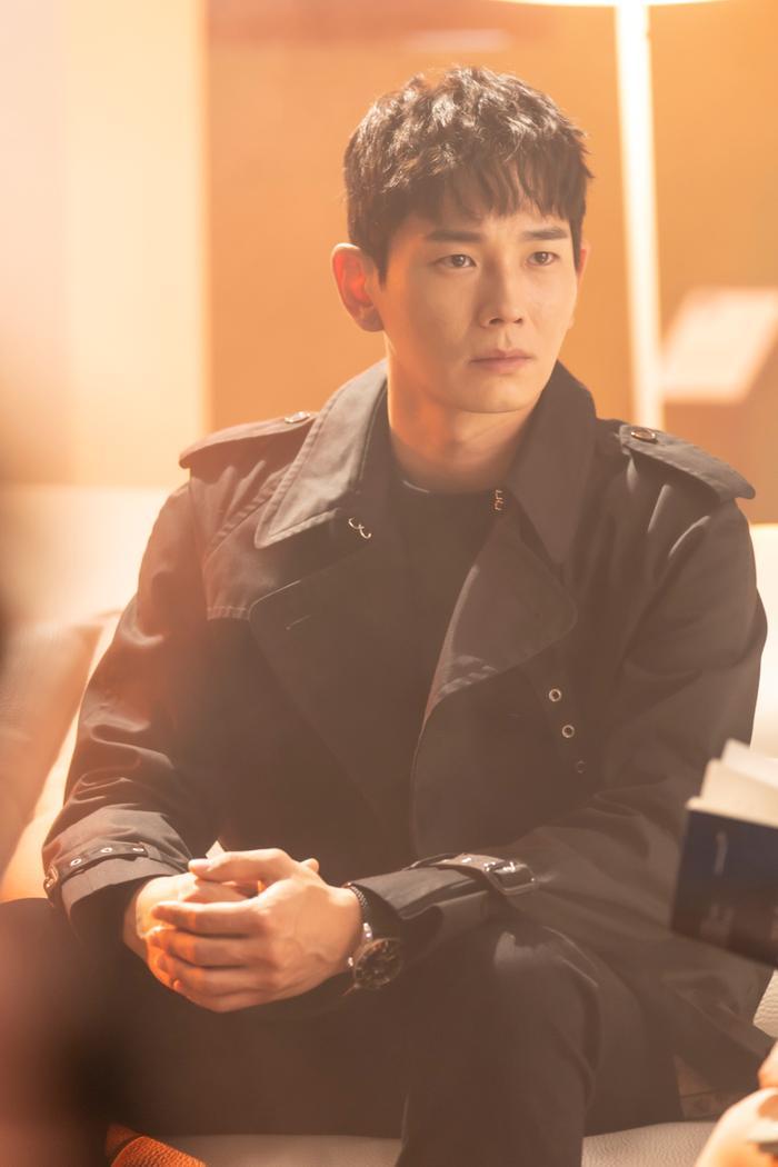 Logan Lee - Min Seol Ah dự tái sinh trong 'Penthouse 3': Em không hiểu, em không hiểu biên kịch ơi! Ảnh 18