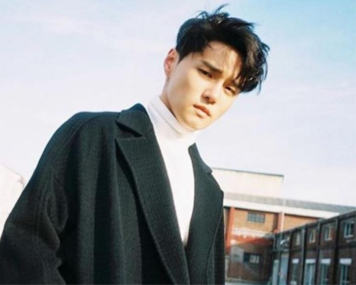 Trương Nghệ Hưng (Lay) bất ngờ nhấn follow Instargram của Dean khiến fan mong chờ collab