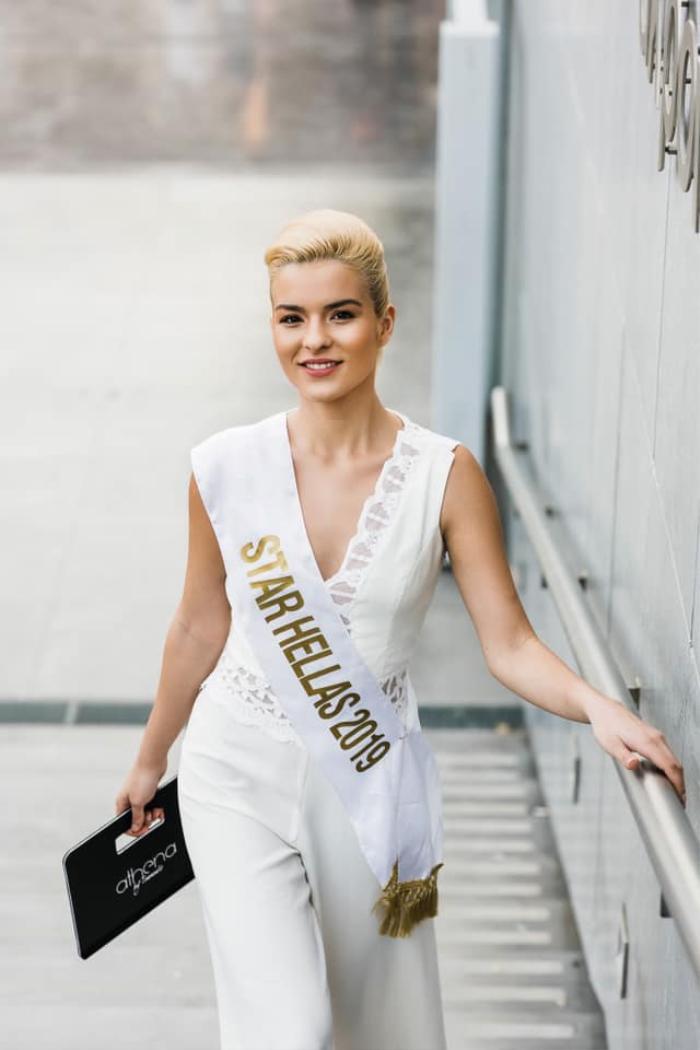 Đại diện Hy Lạp đối đầu với Kim Duyên ở Miss Universe: Từng bại trận trước Lương Thùy Linh ở Miss World Ảnh 3