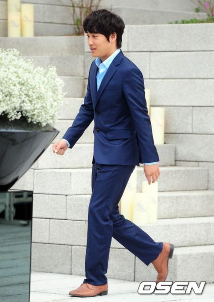 Nhìn lại màn cầu hôn và đám cưới quy tụ dàn sao khủng của Jeon Ji Hyun trước tin ly hôn Ảnh 5