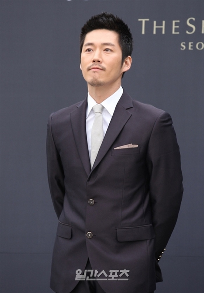 Nhìn lại màn cầu hôn và đám cưới quy tụ dàn sao khủng của Jeon Ji Hyun trước tin ly hôn Ảnh 10