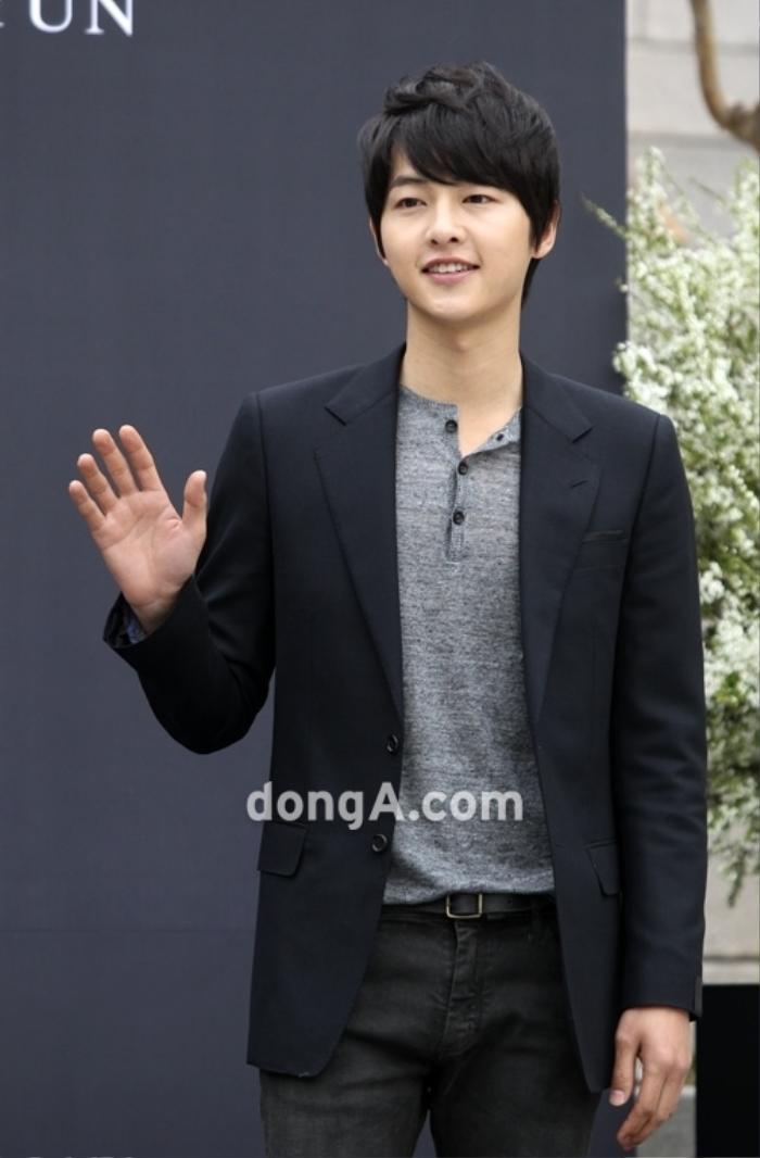 Nhìn lại màn cầu hôn và đám cưới quy tụ dàn sao khủng của Jeon Ji Hyun trước tin ly hôn Ảnh 4