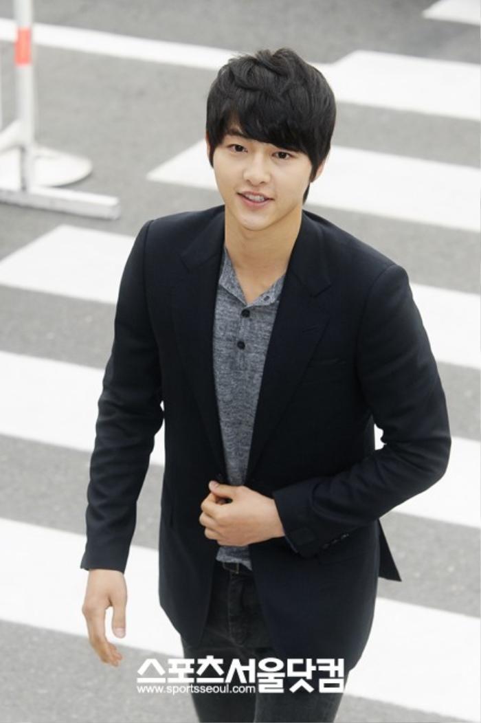 Nhìn lại màn cầu hôn và đám cưới quy tụ dàn sao khủng của Jeon Ji Hyun trước tin ly hôn Ảnh 11