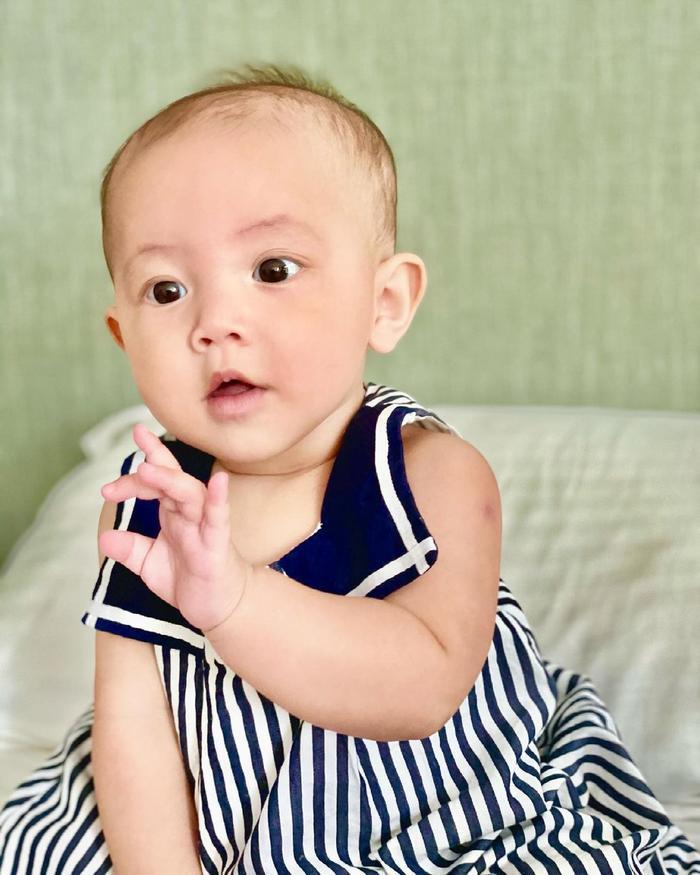 Hà Hồ mừng Lisa - Leon tròn 7 tháng tuổi: 'Bọn con biết ngồi và biết làm nhiều trò rồi' Ảnh 12