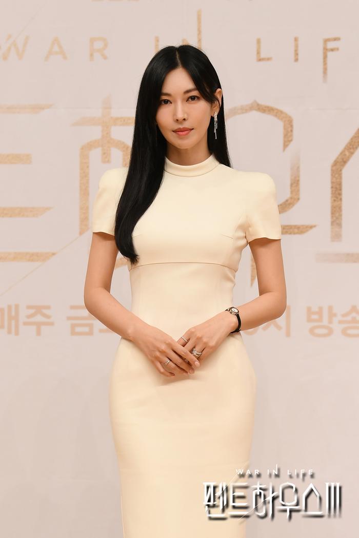 Họp báo 'Penthouse 3': Uhm Ki Joon lộ hint Joo Dan Tae chết, Seok Hun - Bae Rona gặp bi kịch? Ảnh 4