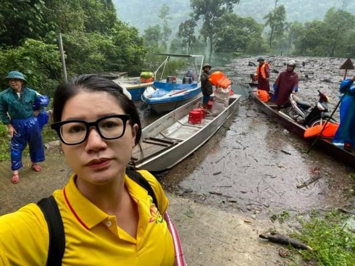 Bị gọi 'cò từ thiện', Trang Trần đáp trả cực gắt: Bình luận bậy sẽ sớm đến lúc hoạn nạn không ai giúp Ảnh 2