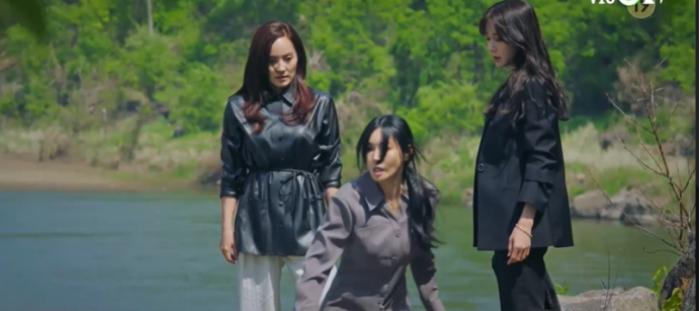 'Penthouse 3' tập 1: Logan banh xác dưới tay dượng Tae, Seo Jin vừa ra tù đã bị cho bay màu ngay tập đầu? Ảnh 43