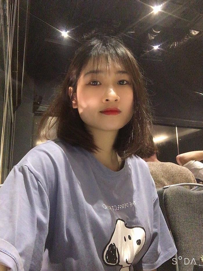 Bắc Giang: Nữ điều dưỡng xinh đẹp tự cắt mái tóc dài yêu thích để 'chiến đấu' với dịch COVID-19 Ảnh 3