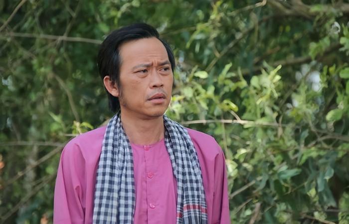 Nghệ sĩ Hoài Linh có bị người hâm mộ 'quay lưng' sau lùm xùm chậm cứu trợ miền Trung? Ảnh 1