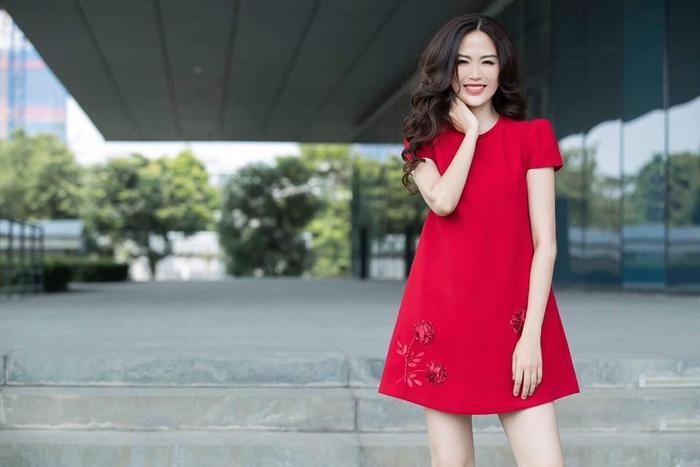 Những khoảnh khắc thời trang đẹp mãi trong lòng khán giả của Hoa hậu Nguyễn Thu Thủy Ảnh 13