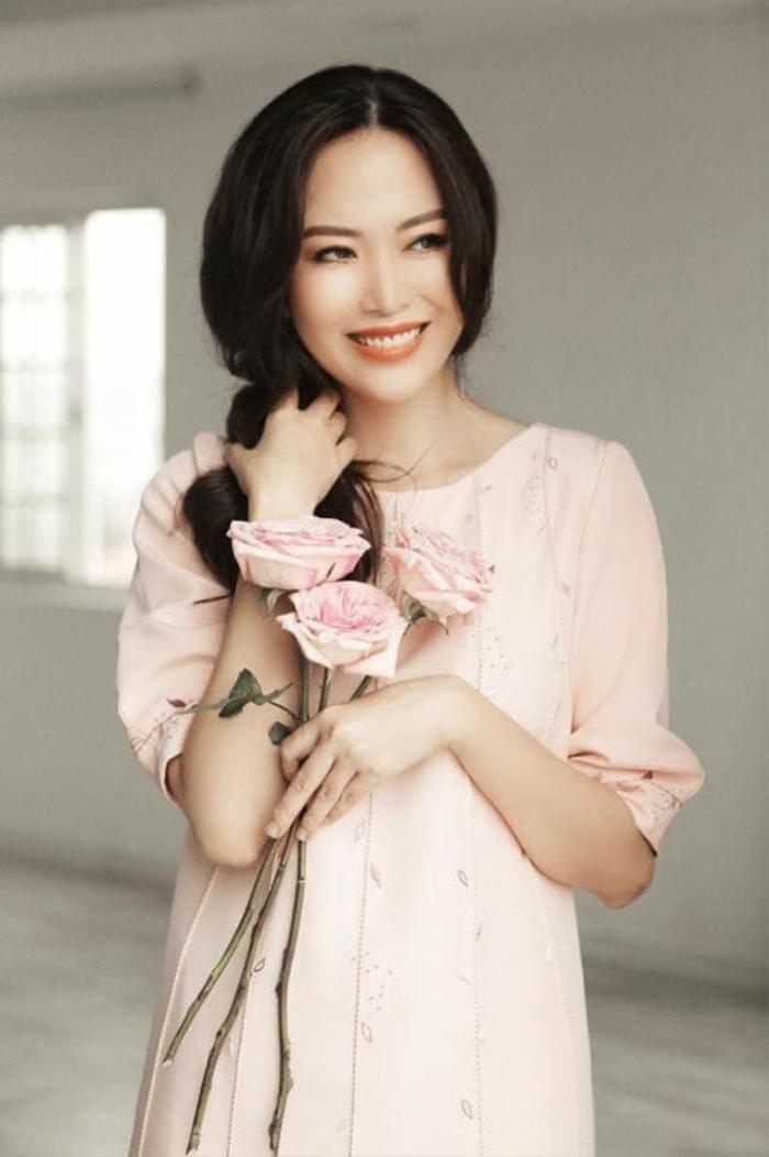 Những khoảnh khắc thời trang đẹp mãi trong lòng khán giả của Hoa hậu Nguyễn Thu Thủy Ảnh 11