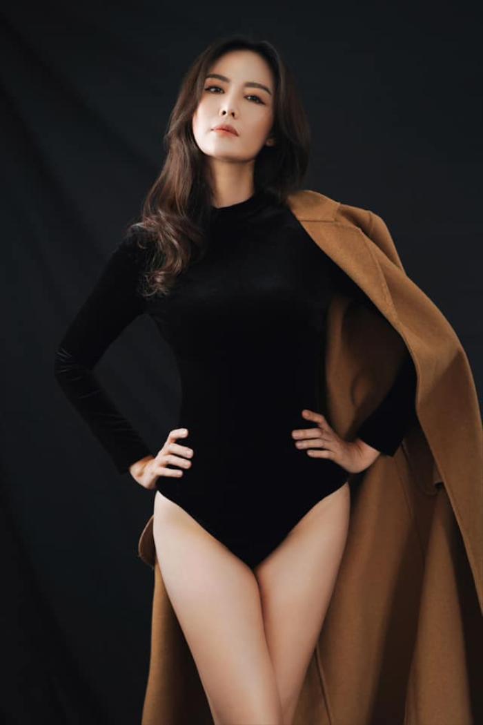 Những khoảnh khắc thời trang đẹp mãi trong lòng khán giả của Hoa hậu Nguyễn Thu Thủy Ảnh 12