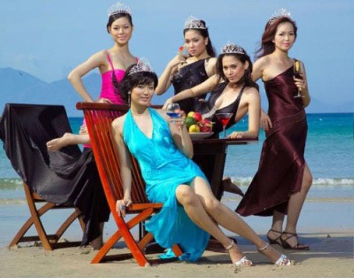 Nhan sắc Hoa hậu Thu Thủy - vẻ đẹp 'lão hóa ngược' mãi trong lòng người hâm mộ Ảnh 1