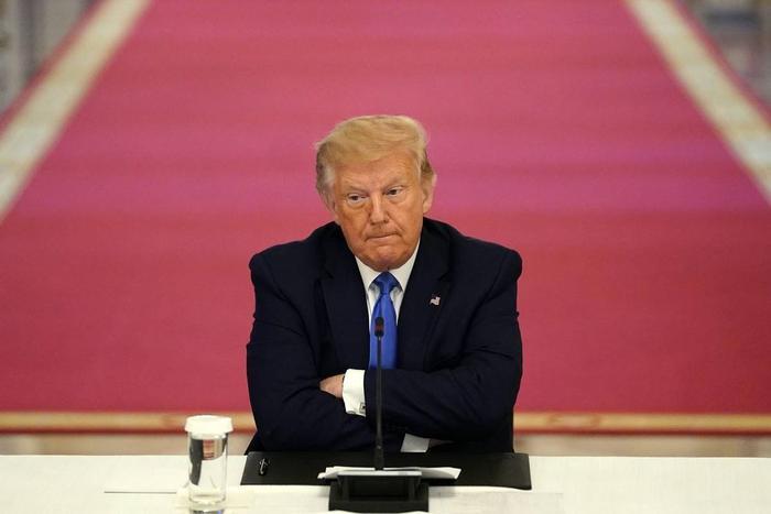 Facebook chính thức 'cấm cửa' ông Trump trong vòng 2 năm Ảnh 1