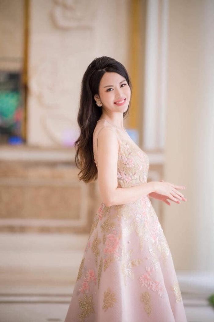 'Hoa hậu bí ẩn' nhất Việt Nam xót xa trước cái chết của Nguyễn Thu Thủy: '2 con vẫn còn non dại Thủy ơi' Ảnh 3