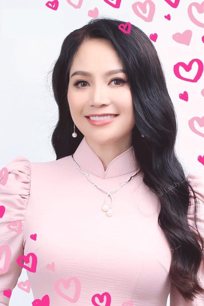 'Hoa hậu bí ẩn' nhất Việt Nam xót xa trước cái chết của Nguyễn Thu Thủy: '2 con vẫn còn non dại Thủy ơi' Ảnh 8