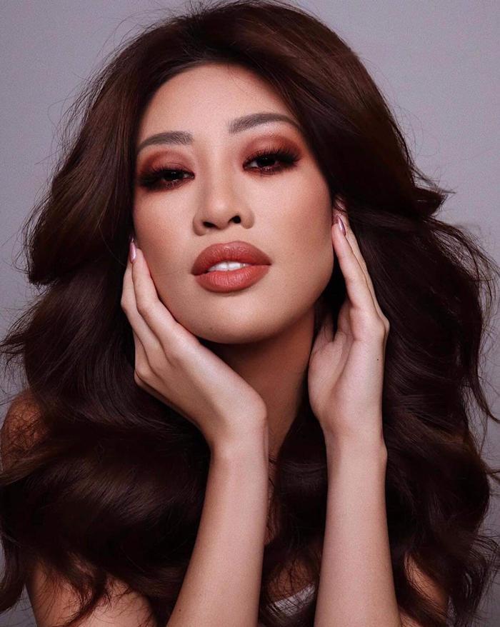 Khánh Vân được chuyên gia make-up của Selena Gomez trang điểm, kết quả bị fan chê không thương tiếc Ảnh 1