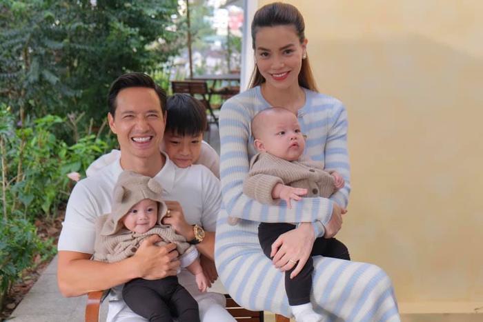 Hà Hồ chia sẻ khoảnh khắc Kim Lý chơi với hai con, Subeo quấn quýt mẹ khiến ai nhìn cũng ghen tỵ Ảnh 6