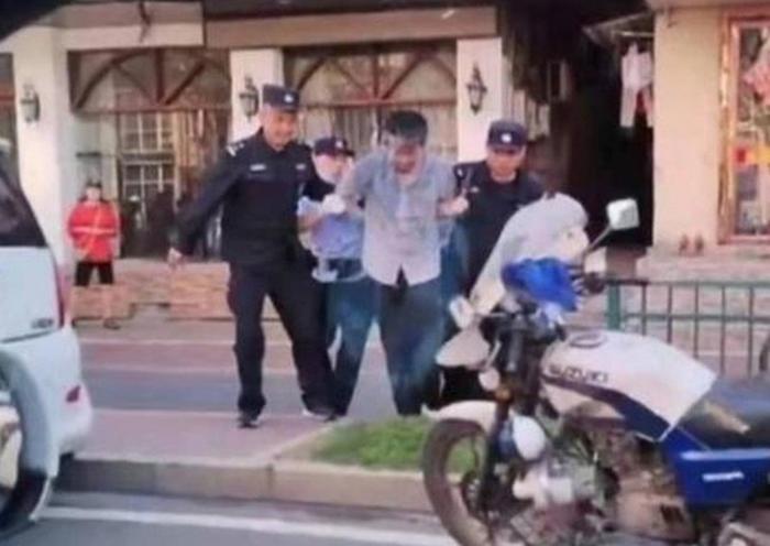 Tấn công bằng dao khiến 6 người chết, 14 người bị thương Ảnh 3