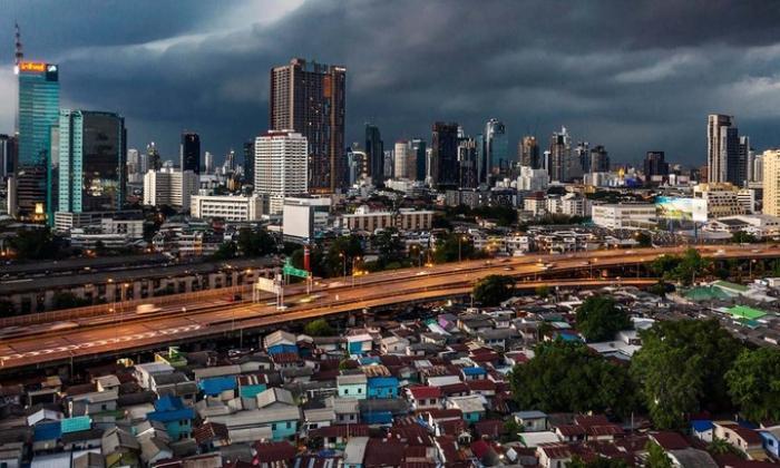 Covid-19 thổi bùng uất ức giàu - nghèo tại Thái Lan Ảnh 1