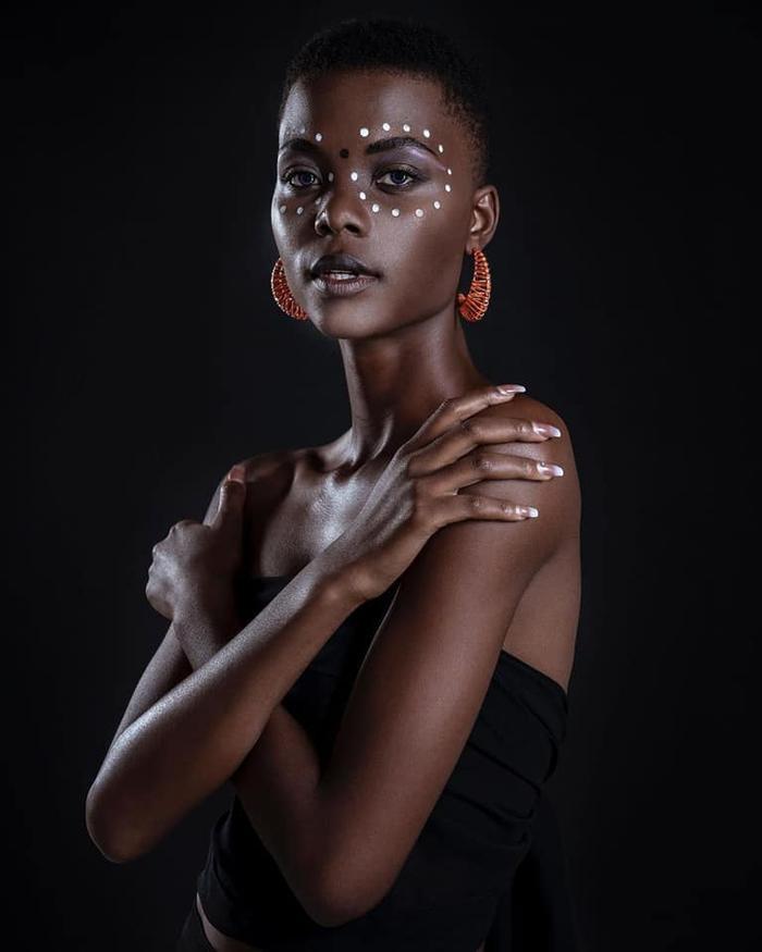 Diện mạo ấn tượng của Hoa hậu Namibia: Đỗ Hà hay Kim Duyên sẽ giáp mặt với chiến binh sừng sỏ này? Ảnh 7