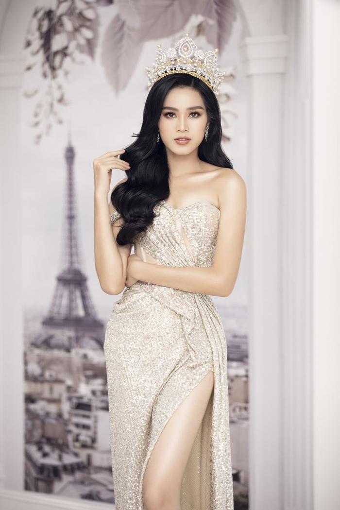 Fan 'choáng' khi phát hiện 'chị em song sinh' là Hoa hậu Quốc tế của Đỗ Thị Hà Ảnh 10