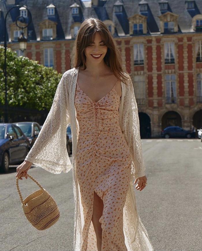 5 kiểu váy hoa 'kinh điển' không thể bỏ qua trong mùa hè Ảnh 6