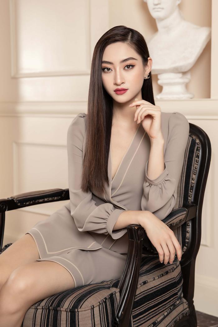 Lương Thuỳ Linh lột xác với hình tượng girl boss, 'soái tỷ' làng giải trí là đây! Ảnh 3