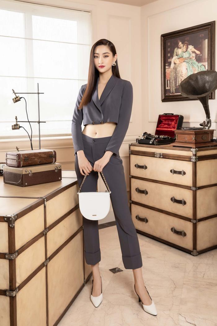 Lương Thuỳ Linh lột xác với hình tượng girl boss, 'soái tỷ' làng giải trí là đây! Ảnh 10