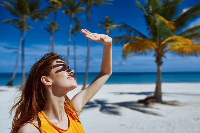 Những cách chăm sóc da vào mùa hè bạn nên biết để có làn da khỏe, đẹp Ảnh 2