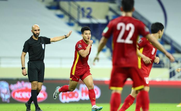Đây là cầu thủ được tìm kiếm nhiều nhất trong đêm Việt Nam 'hạ gục' Indonesia với chiến thắng 4-0 Ảnh 4